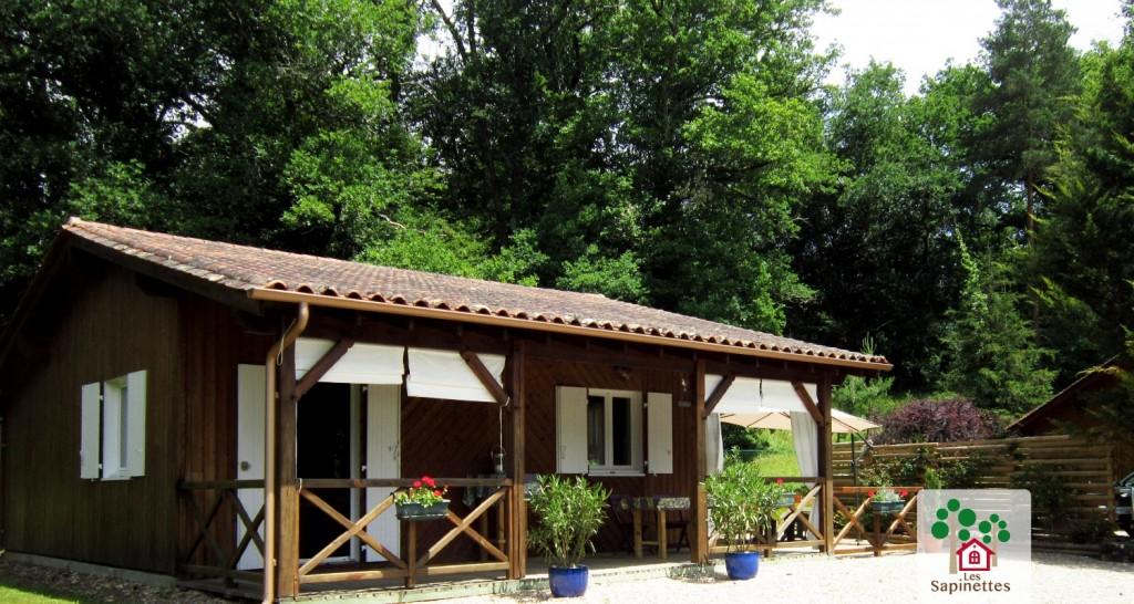 Les Sapinettes location vacances Bergerac : La maison vue extérieure