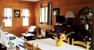 Les Sapinettes location vacances Bergerac : Le salon et salle à manger