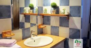 Les Sapinettes location vacances Bergerac : salle de bain